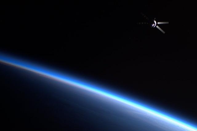 ATV-quitte-ISS_thumb.jpg