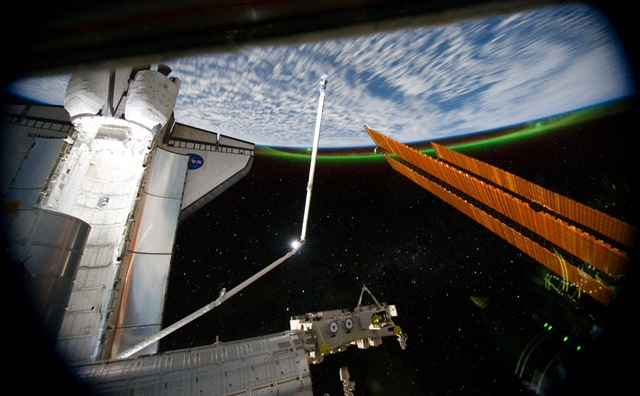 Borale-ISS-Atlantis_thumb.jpg