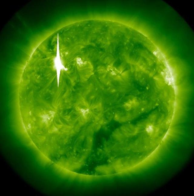 020312-éruption-solaire