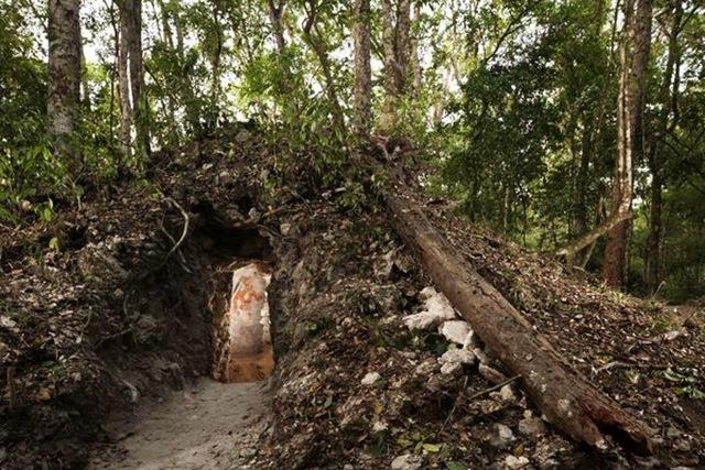 mur-calendrier-maya-2012-extèrieur