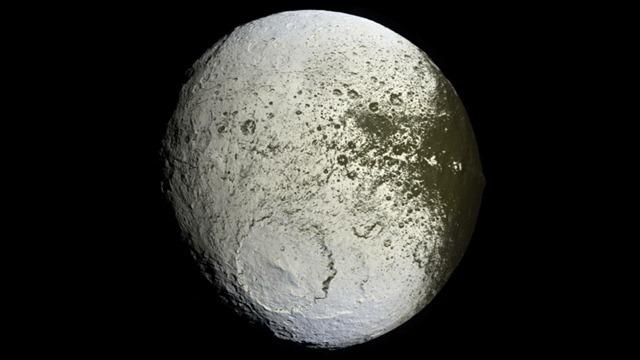 Iapetus4