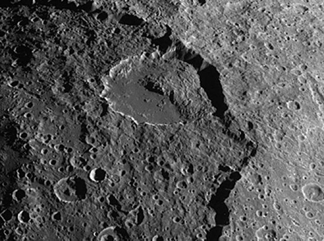 cratère-Malun-Iapetus