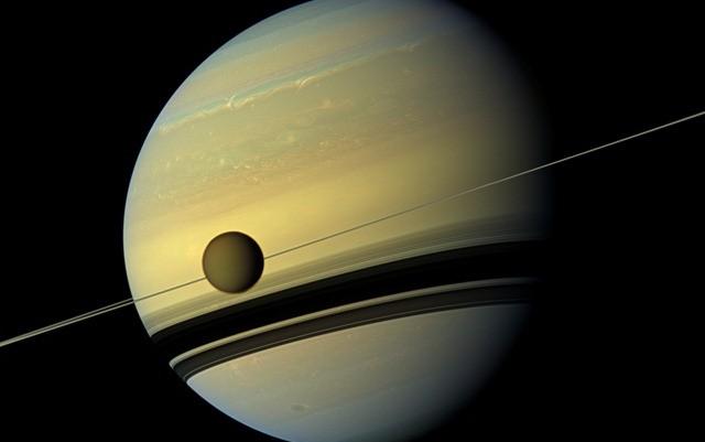 Ils ont trouvé les composés qui pourrait former une vie telle que nous ne la connaissons pas sur la lune de Saturne, Titan