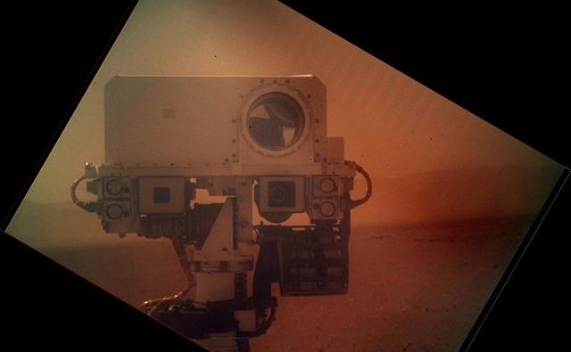 Curiosity-autoportrait2_thumb.jpg