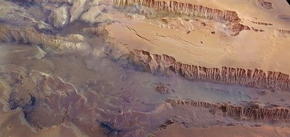 Mars-Valles-Marineris_thumb.jpg