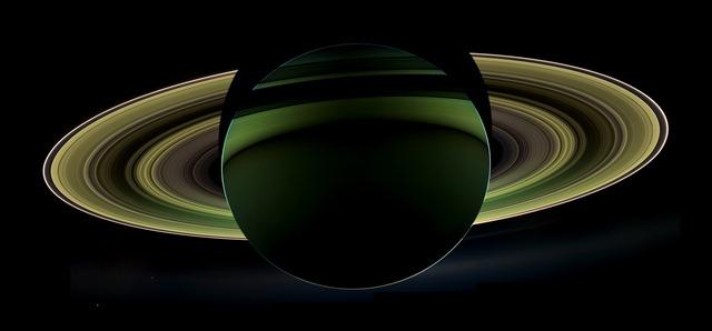 Cassini-Saturne-ombre-octobre2012