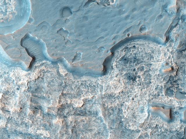 Hydrae Chasma