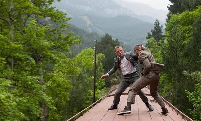 Graphique : James Bond est-il devenu plus violent ?