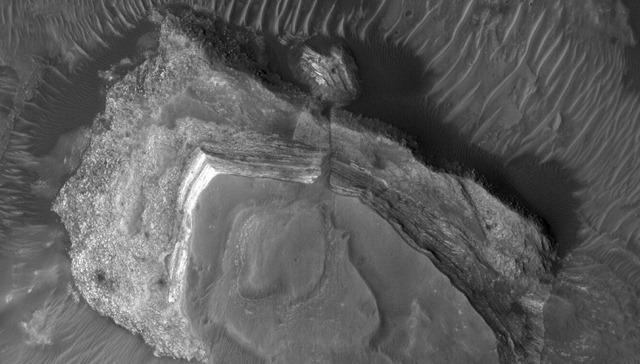Mesa-Hydrae-Chasma