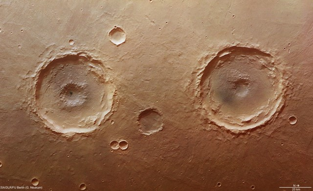 Arima_cratres-Mars.jpg