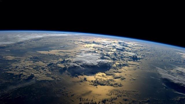 Terre-Reid-Wiseman-ISS_thumb.jpg