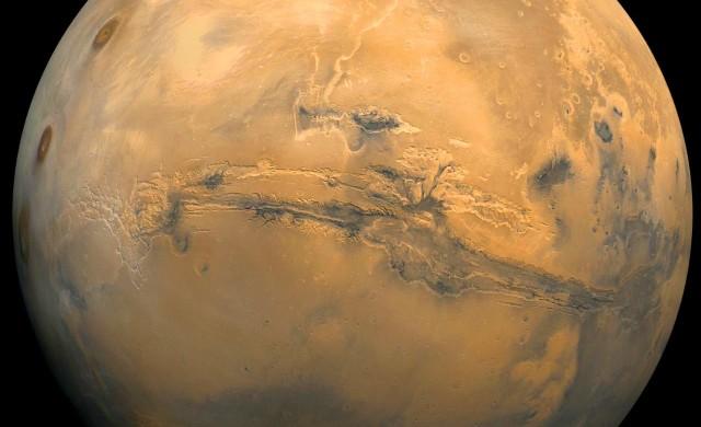 Mars-Glaciers-Valles-Marineris.jpg