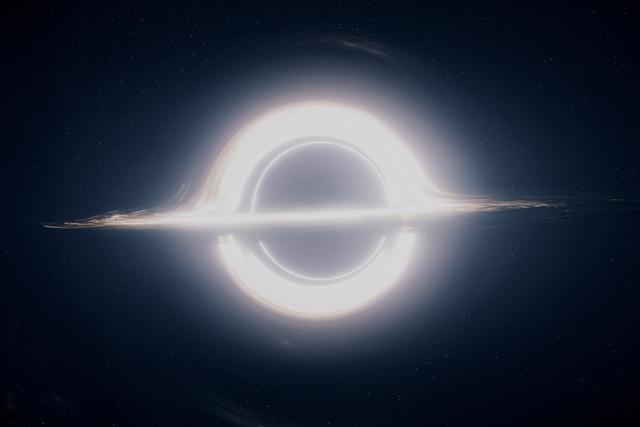 interstellar-trou-noir