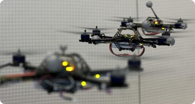 Les quadrocopters robotisés suisses savent se renvoyer la balle.