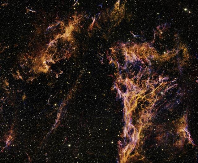 La plus grande image astronomique présente les dentelles du Cygne.