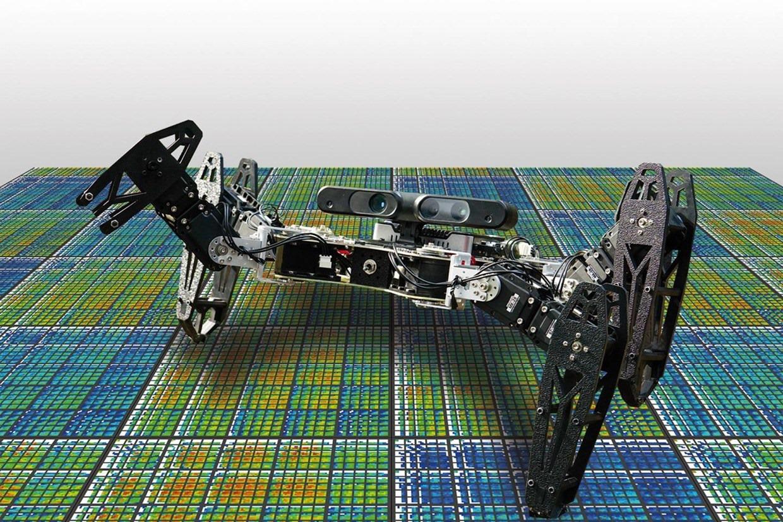 Il faudra 2 minutes à ce robot pour reprendre sa marche après une amputation