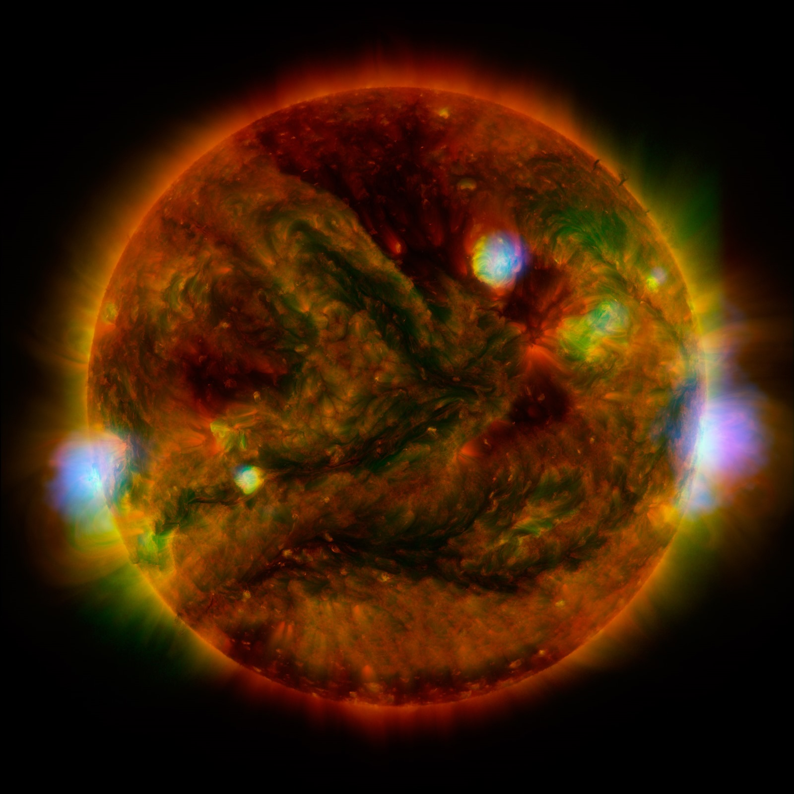 Trois robots dans l'espace ont pris une photo du Soleil