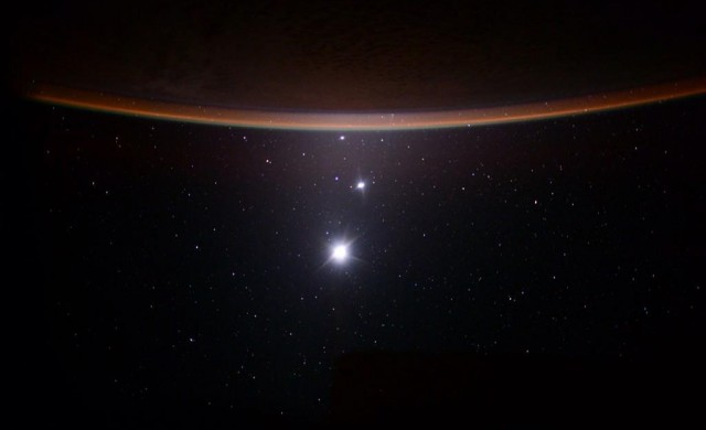 Lune-Vnus-Jupiter-terre-SK-1-2015.jpg