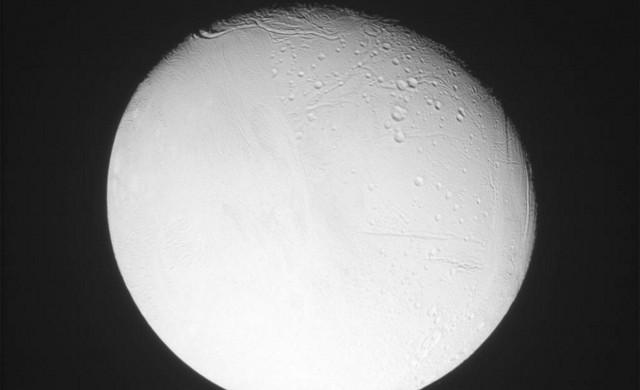 Encelade-cassini-151015-7.jpg