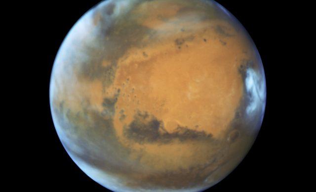 Mars-Hubble-2016.jpg