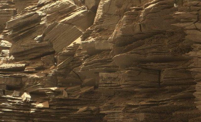 Curiosity-Murray-Buttes-3-0916.jpg