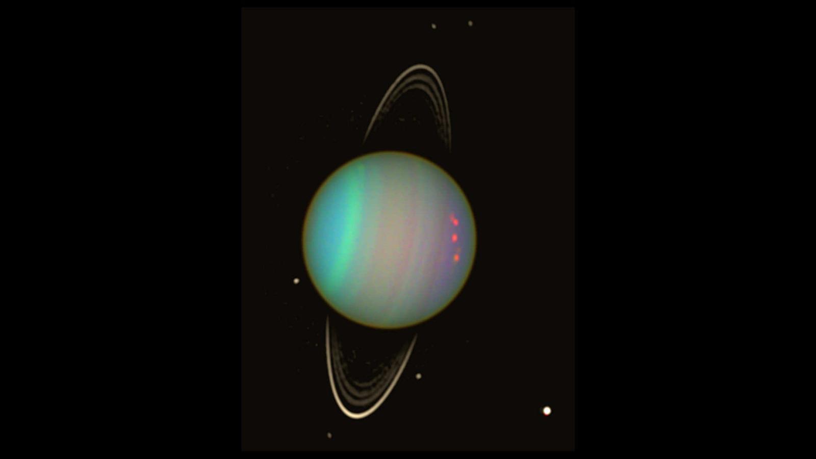 Des sillages dans les anneaux d'Uranus révèlent la présence de deux nouvelles lunes