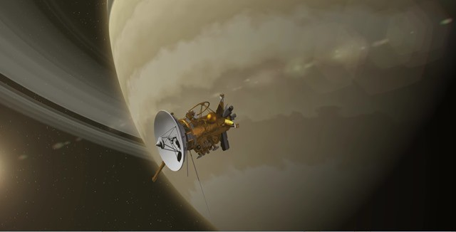 Cassini-Saturne-survol anneau