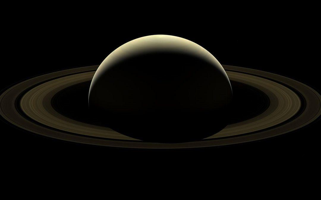 Une image de Saturne dans un dernier adieu à la sonde Cassini