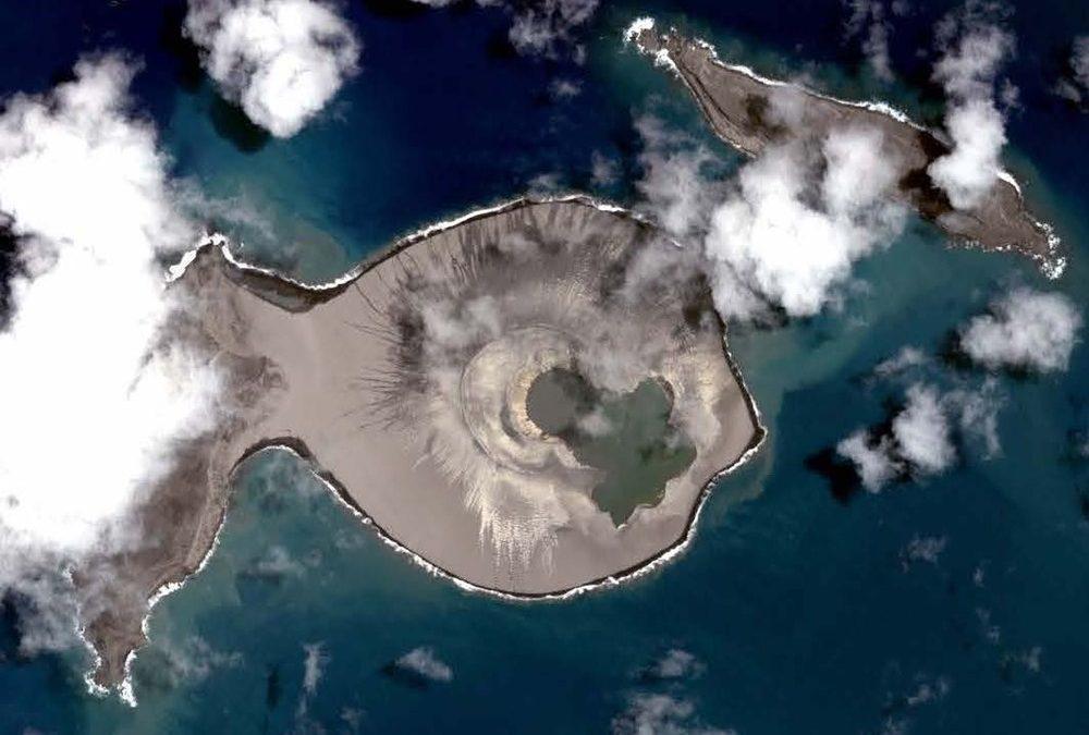 Pourquoi cette île volcanique temporaire intéresse tant la NASA ?