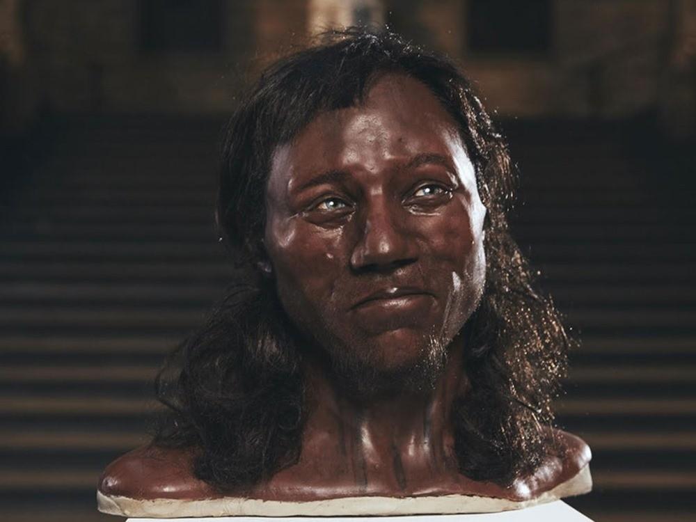 Les plus anciens ancêtres des Britanniques avaient les yeux bleus et la peau foncée