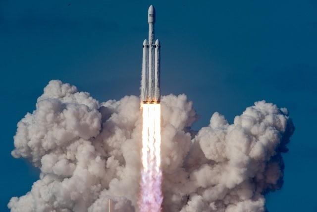 Space X-Elon Musk Tesla MARS3