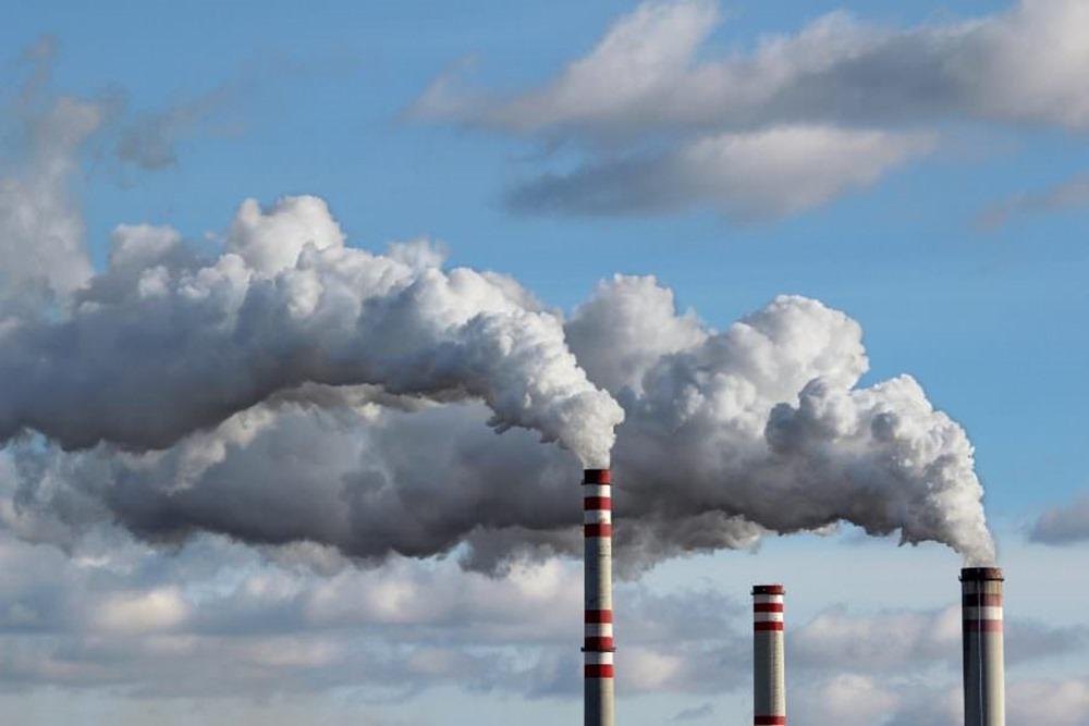 CORONAVIRUS: selon les recherches de Harvard, la POLLUTION atmosphérique augmente la mortalité due au COVID-19